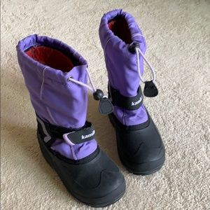 Girls Kamik purple waterproof snow boots, size 13